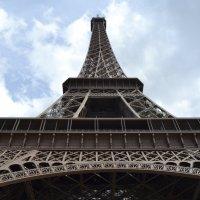 Париж, Эйфелева башня :: Lüdmila Bosova (infra-sound)