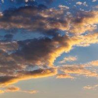 Облака на закате июльского дня. :: Анатолий Клепешнёв