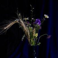 Натюрморт  с полевыми цветами :: Ольга Семенова