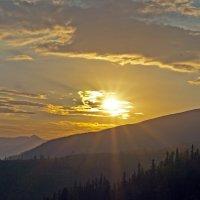 Sunset in Mountains :: Roman Ilnytskyi