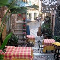 Улочка в Таормине. Сицилия :: Марина Бушуева