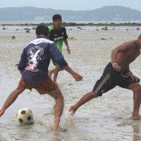 Футбол во время отлива :: Нина Ковзель