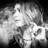Дымом в облаках :: Артем Мариев