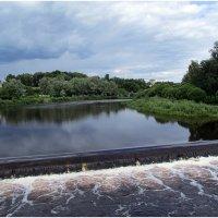Псков,река Пскова(плотина) :: Татьяна Осипова(Deni2048)