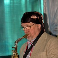 Играй, музыкант... :: Alexandr Zykov