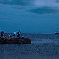 Вечер на рейде... :: Владимир Хиль