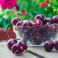 Вкусное лето :: Светлана