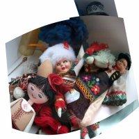 Куклы, как люди, устали.Вещи в углах разбросали... :: Milocs Морозова Людмила