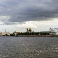 Под грозовыми облаками :: Valerii Ivanov