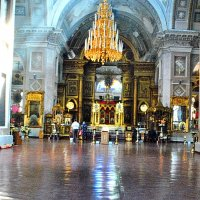 В храме :: Игорь Сорокин