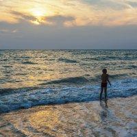 Мальчик и море :: Игорь Кузьмин