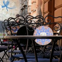 Уличное кафе :: Елена Даньшина