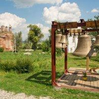 Звонница для храма. :: Виктор Евстратов