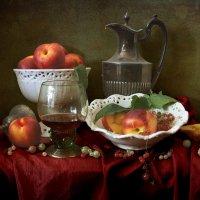 Нектарины и красное вино :: Татьяна Карачкова