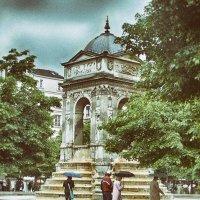 Fontaine des Innocents à Châtelet-Les-Halles :: Vladimir Zhavoronkov