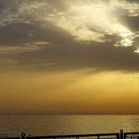 Закат на море. :: Людмила