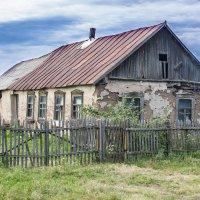 Домик в деревне :: Сергей Приходько