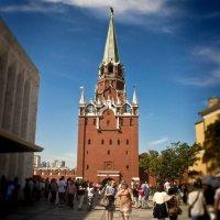 Троицкая башня ... :: Роман Шершнев