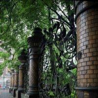 ограда Храма Спаса-на-Крови :: Евгений Мергалиев