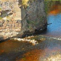 Камни в разноцветной воде :: Фотогруппа Весна.
