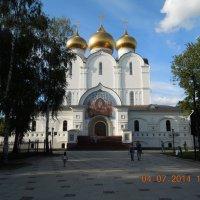 Успенский собор в Ярославле :: Ираида Мишурко