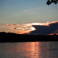 Захід сонця над річкою :: МищЪя Бульбо