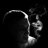 Портрет мужа с сигаретой. :: Нелли Вытришко