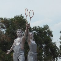 Статуя в лучах заката. :: Яков Реймер