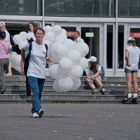 Юбилейные шарики. :: Яков Реймер