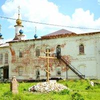 Старый храм :: Виктор Евстратов
