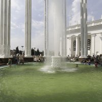 Фонтан павильона Узбекистана :: Александр Аксёнов