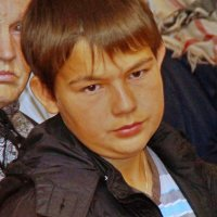 Люди в храме 4 :: Валерий Симонов