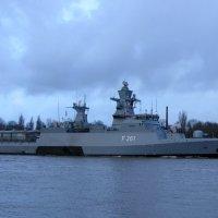 Корабль ВМС Германии. :: Александр Владимирович Никитенко