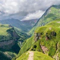 Грузия. Крестовый перевал. :: Геннадий Оробей