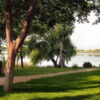 Вечер на берегу реки... :: Тамара (st.tamara)