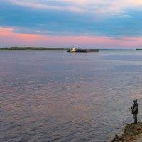 Где нет дорог,там выручают реки. :: Анатолий Бахтин