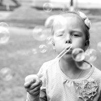 Сквозь радужные... пузыри)) :: Ирина Шуба