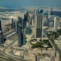 Взгляд на Дубай со смотровой площадки Бурдж-Халифа :: Elena Izotova