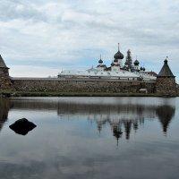 Соловецкий монастырь со стороны Святого озера :: Марина Бушуева