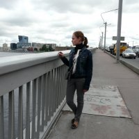 На мосту Александра Невского. Дочь. :: Елена Каталина