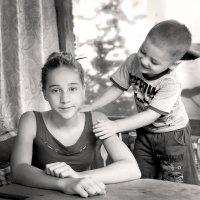 с сестрой... :: Марина Брюховецкая