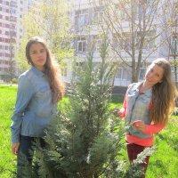 Маша и Вика :: Coфья Юзова