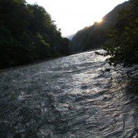 Рассвет на горной реке Шахе :: Олег Романенко