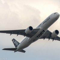 Airbus A350XWB :: Денис Атрушкевич