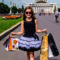 За покупками :: Юлия Бучирина