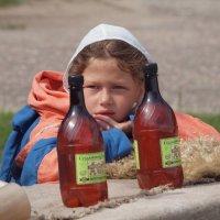 Продавщица напитков. :: Андрей Зайцев