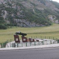 Памятник (2) водителям Чуйского тракта. :: Олег Афанасьевич Сергеев