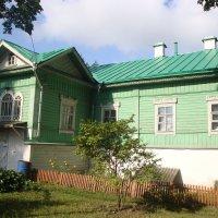 Дом настоятеля... :: Ludmil Sams