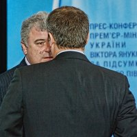 Из конгресс-холла :: Юрий Муханов