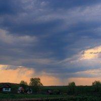В душном воздухе молчанье... :: Евгений Юрков